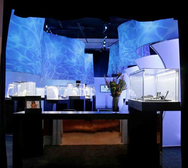 Client: Exhibit Management Design: Transformit Riffs with Natura Poolish print